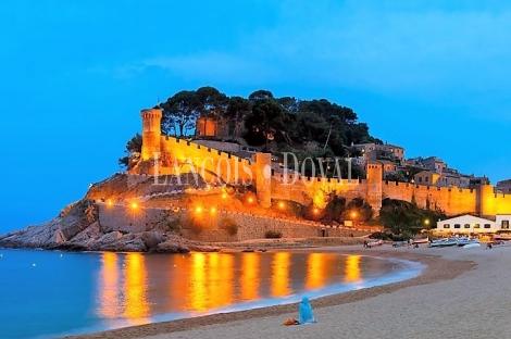 Compra hotel en la Costa Brava. Lançois Doval Inversiones turísticas.