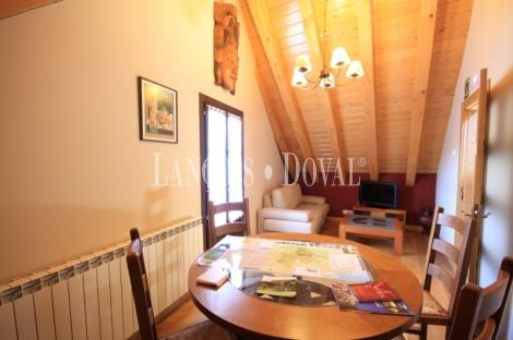 Navarra. Hotel rural en venta junto a la Selva De Irati. Ezcároz.