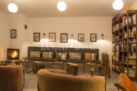 Ávila. Venta hotel rural con encanto. Centro hípico. Navaluenga.
