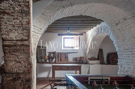Hinojales. Venta antigua casa señorial ideal hotel rural.  Huelva. Sierra Aracena.