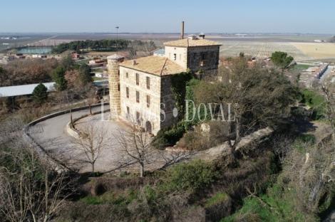 Raimat. Castillo en venta. Lleida