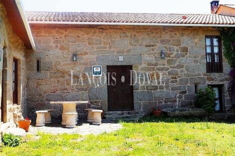 A Coruña. Venta casa rural. Paderne.