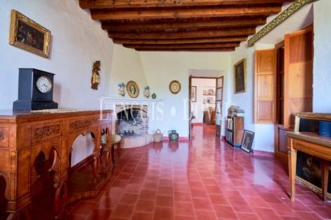 Nerja. Propiedades de lujo en venta. Málaga casas singulares.