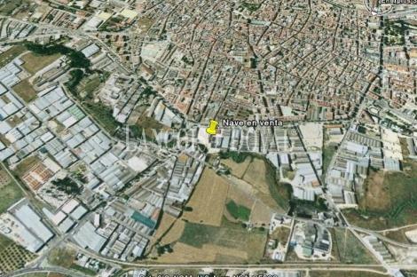 Lucena (Córdoba) Nave y solar en venta
