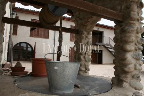 Caldes de Malavella. Girona. Masia hotel rural en venta.