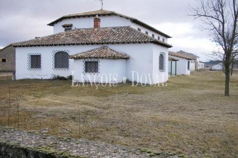 Riotuerto Soria. Pueblo en venta