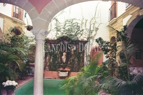 Jerez De La Frontera. Palacio en venta.