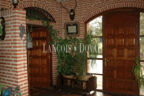 Simancas. Valladolid Finca y casa señorial en venta