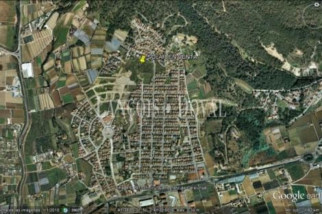 Pineda de Mar. Barcelona Solar dotacional o residencial en venta