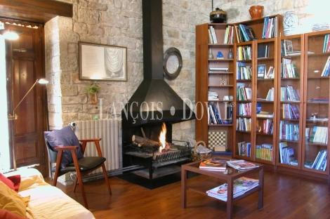 Banyoles. Masia Hotel con encanto restaurante celebraciones en venta. Girona.