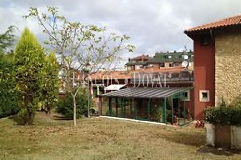 Oviedo. Hotel con encanto en venta.