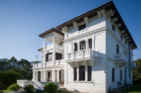 Asturias. Se vende casona de indianos. Ideal geriatrico y hostelería.