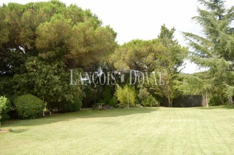Sant Andreu de Llavaneres. Casa chalet de lujo en venta. Barcelona.