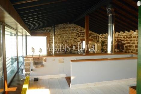 Venta casa de piedra rehabilitada en Villanueva de Henares. Aguilar de Campoo.