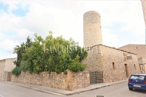 Mallorca. Molino restaurado en venta. Centro de Sant Llorenç Des Cardassar. Ideal negocio.