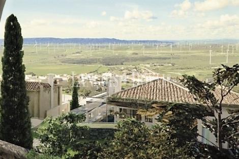 Hotel con encanto en venta. Cádiz. Tarifa proyecto turístico.