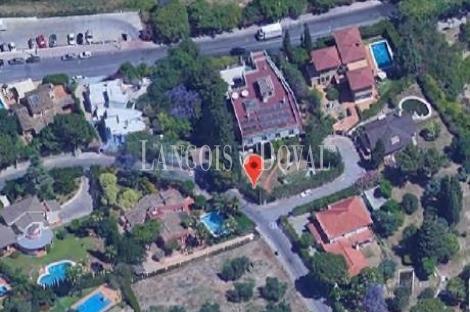 Tomares. Sevilla. Exclusiva Villa en venta. Ideal residencia geriátrica.
