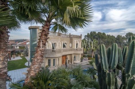Palau Solità i Plegamans. Casa alto standing en venta. Barcelona propiedades singulares.
