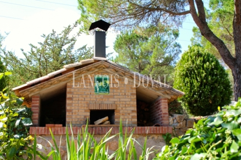 Barcelona. Finca con negocio turístico en venta. Ideal resort rural. Capellades.