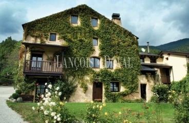 Beget casa rural finca en venta camprodon girona - Casa rural planoles ...