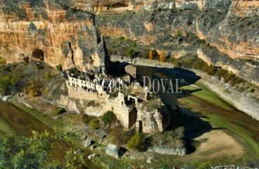 Segovia. Casa palacio actualmente restaurante y eventos en venta.