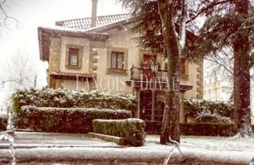 Pamplona. Iruña. Navarra. Casa señorial en venta.