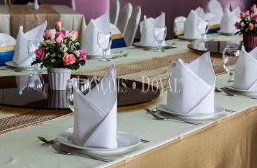 Barcelona. Restaurante y finca para eventos, bodas y celebraciones en venta.