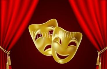 Sevilla. Antiguo teatro en venta. Ideal academia baile, sala eventos o empresas audiovisuales