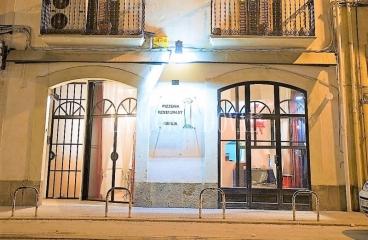 Ponts. Alquiler restaurante pizzeria con vivienda. Lleida traspaso de negocios
