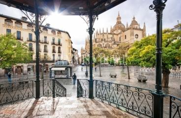 Segovia. Piso en venta junto Catedral y Plaza Mayor.