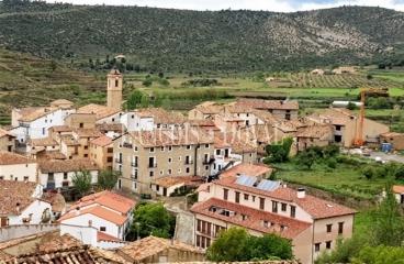 Teruel. Apartamento rural en venta. Nogueruelas.