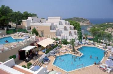 Complejo turístico en venta situado en Ibiza