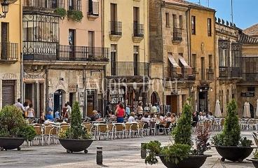 Ciudad Rodrigo. Hotel restaurante en venta en la Plaza Mayor.