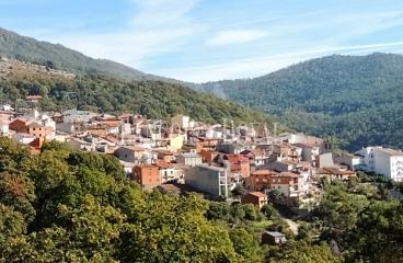 Ávila. Hotel en venta. Valle del Tiétar. Casillas. Sierra de Gredos.