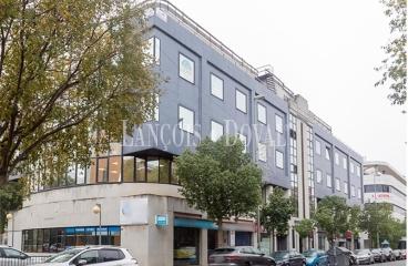 Sevilla. Inversión en oficinas y locales en Edificio Sevilla Sur. Excelente rentabilidad.
